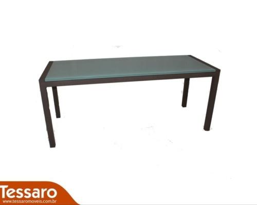 Mesa em aluminio e tampo de vidro antoni
