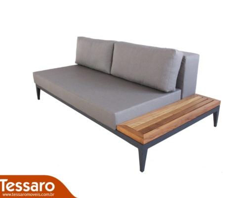 Sofá em alumínio e madeira bianca alumínio