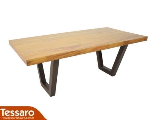Mesa em madeira e alumínio siena