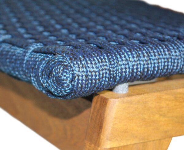 Acabamento cadeira em corda náutica e madeira freijó